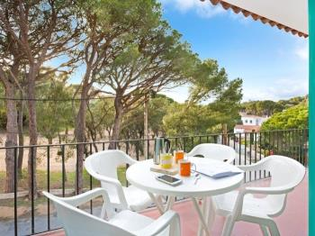 Apartment Geranis 4 Llafranc - Apartment in Costa Brava