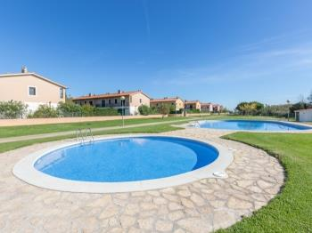 Villa Mas Pinell 44 - Apartment in Costa Brava