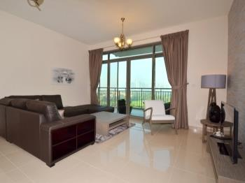 The Greens 2 Bedrooms Apartments I - Apartment in Dubai